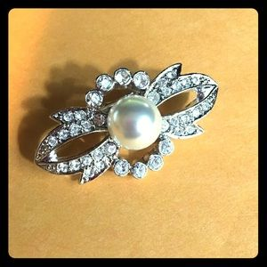 Jewelry - Faux Diamond and Pearl (Pin or Brooch)